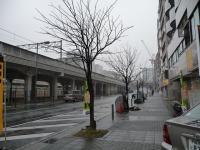 逆方向にセンター北駅を見た写真
